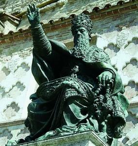 Julije III